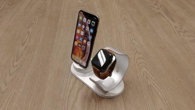 Apple Watch 40 a 44 mm - nabíjecí stojánek