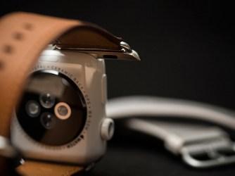 Apple Watch - hogyan kell kicserélni a szíjat és a csatot