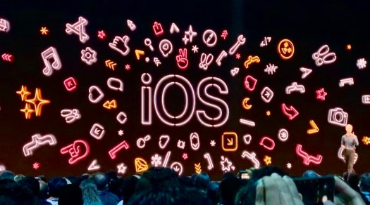 iOS 13 screen at WWDC
