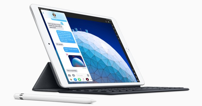 iPad Air 2019 keyboard