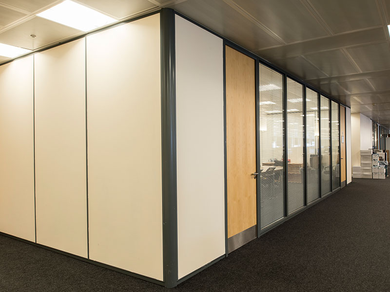 The Different Types of Office Partitions