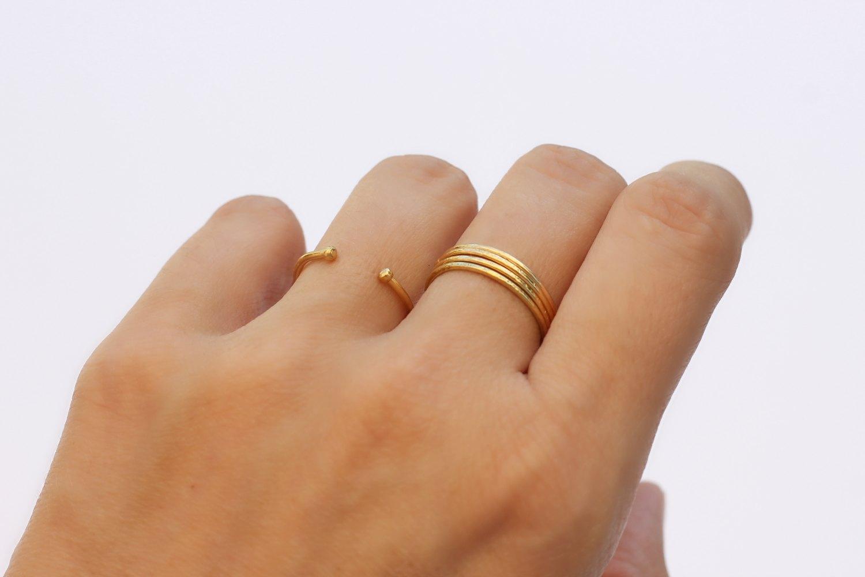 ma bague en or me noircit le doigt