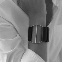 Comment porter des bijoux oversize, xxl ou statement ? L'accesoirisation par excellence - www.apprendre-la-bijouterie.fr