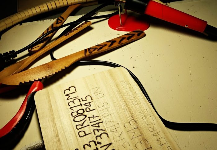 La boîte à outils en pyrogravure