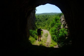 Affronter les tunnels, Ciro Trail