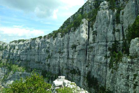 Mur de roche, Subra