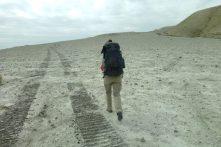 On grimpe vers le cratère