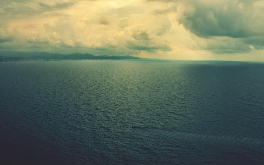 Download-Mountain-Sea-Sky-Desktop-Wallpapers-10