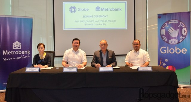 Globe Telecom signs term loan with Metrobank