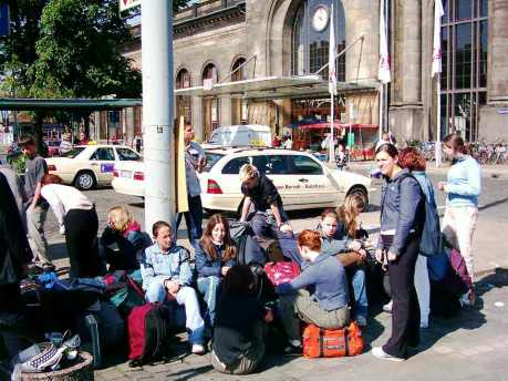 Viaggi in gruppo o da solo: vantaggi e svantaggi