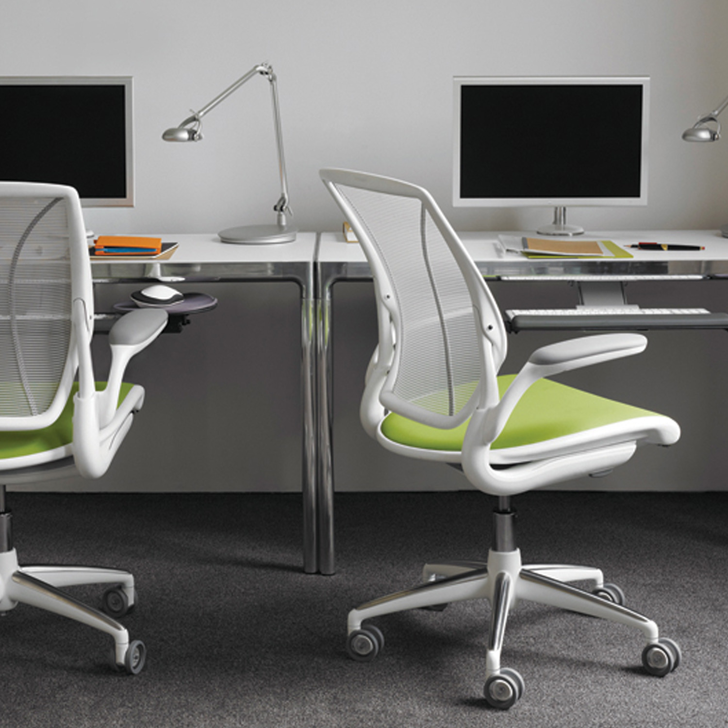 different world chair that converts to single bed diffrient task chairs humanscale mesh office
