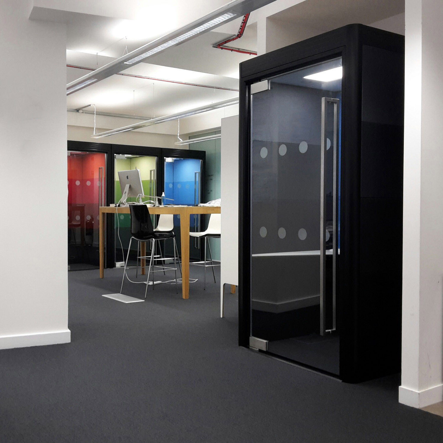 Spacio Phone Booths Acoustic Office Phone Booths Apres