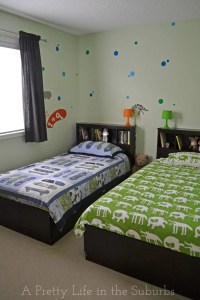 House Tour: My Boys Shared Bedroom - A Pretty Life In The ...