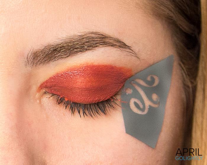 Sticky Makeup Stencil-04361