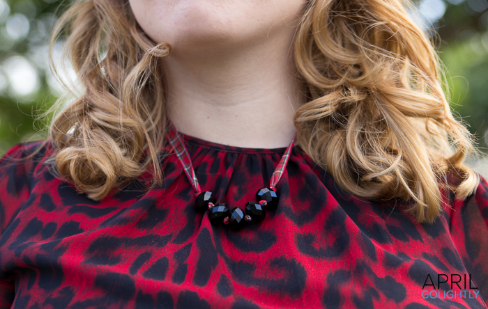 DIY Christmas necklace-07531