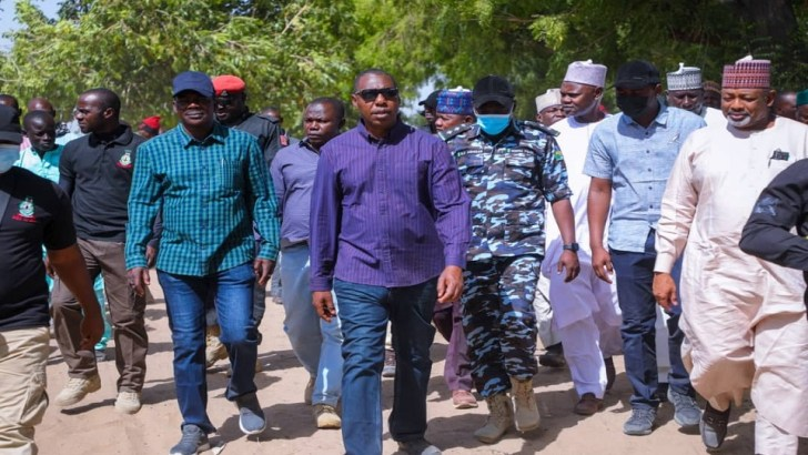 Zulum Passes Night In Attacked Damasak, Meets Soldiers, Re-Equips Security With 12 APC, Patrol Vehicles