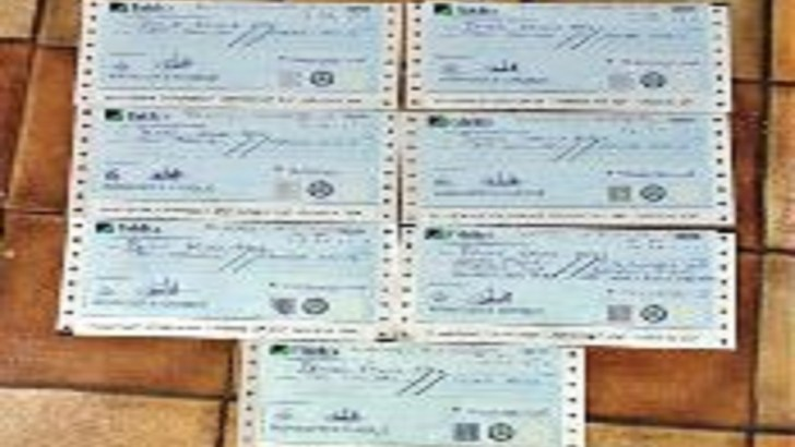 EFCC Hands Over Recovered N67. 5m to Fraud Victim