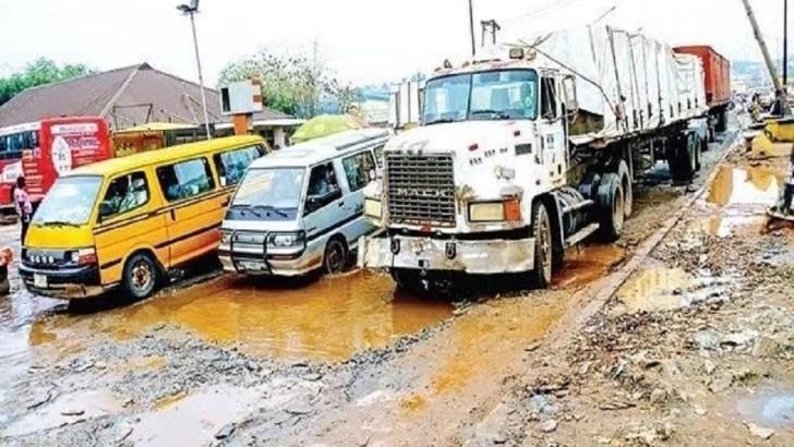 FG, Ogun Begins Palliative Works on Sango-Ota-Idiroko, Lagos-Abeokuta Roads