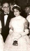 Aristides Figueiredo, marido de Maria Figueiredo, donos da Rádio Difusora, com a sobrinha Maria Conceição Pippa, que se tornaria sra.José Roberto Soave