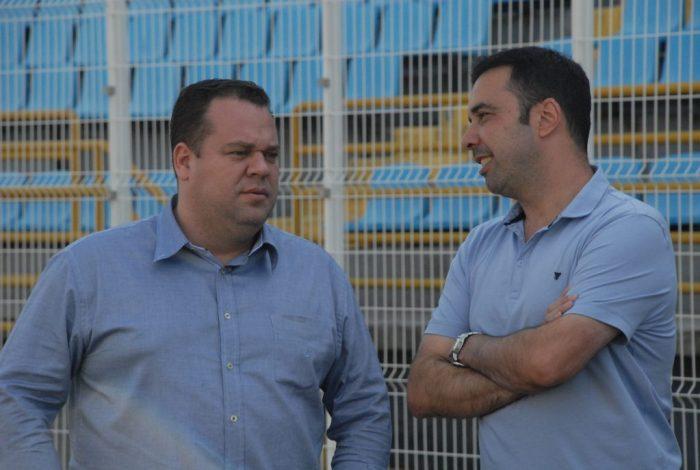 Vice-presidente e diretor de futebol, Ricardo Moura e gestor de futebol, Beto Souza