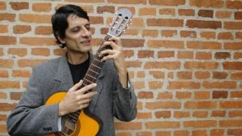 """Nivaldo Santos: """"A música é meu remédio"""""""