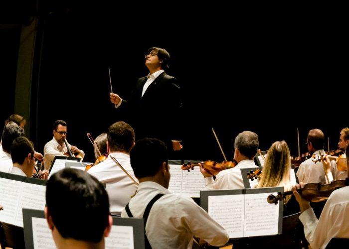 Sinfônica de Piracicaba tem regência de Thiago Tavares – foto Rodrigo Alves