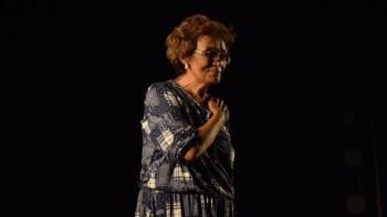"""Thereza Alves: """"O palco é minha benção"""""""