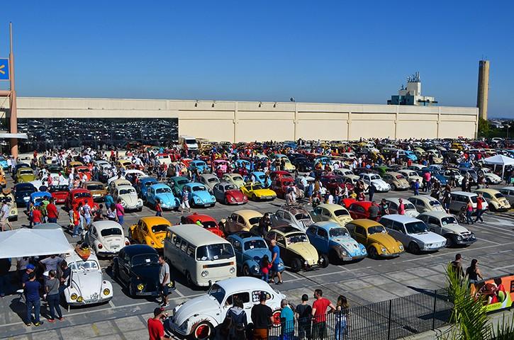 4º Encontro de Fuscas reúne apaixonados por veículos em Campinas