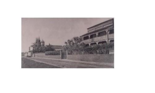 fachada-Colegio_Trinity_post13