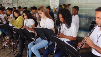 Instituto Formar promove Menino Jesus do Asfalto nas ruas de Piracicaba