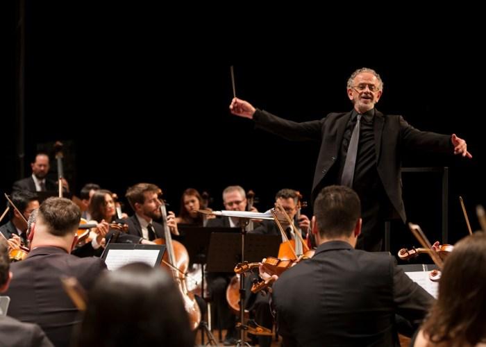 OSP se apresentou no palco do Teatro Dr. Losso Netto em dezembro – foto Rodrigo Alves