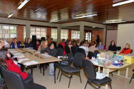 Participaram das duas oficinas 65 professoras, das 39 escolas da rede municipal.