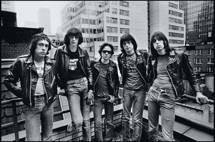 Ramones-by-Chalkie-Davies – Cine Rock