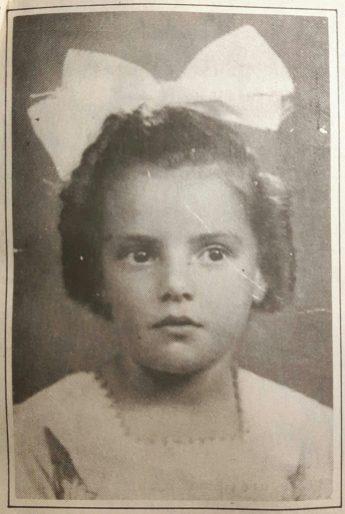 Maria Helena não tinha mais que 7 anos. Era a garota bonita, de fita na cabeça, que já jogava futebol com os irmãos, nos campinhos em Descalvado.