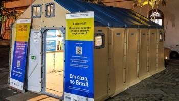 """Exposição """"Em Casa, no Brasil"""" retrata história de pessoas em situação de refúgio"""