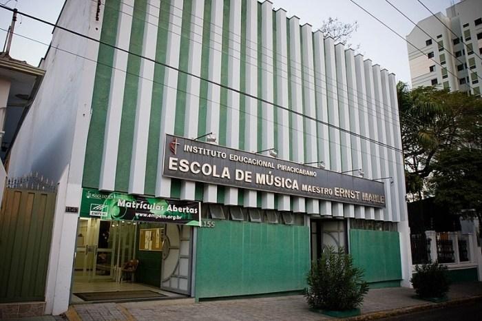 800px-Escola_de_Música_de_Piracicaba_Maestro_Ernst_Mahle