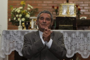 Na capela do Lar dos Velhinhos - instituição da qual Jairo foi um dos fundadores e presidente. (foto: reprodução do acervo de Jairo Mattos)