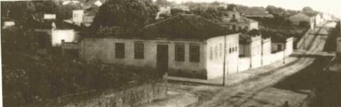 Rua Santa Cruz, esquina com a São José - na década de 1940. (foto: acervo IHGP - Instituto Histórico e Geográfico de Piracicaba)