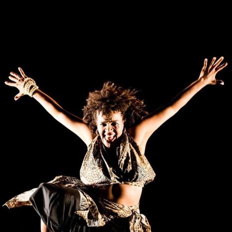 Oficinas de Dança, com Marcinha, da Vila África. (foto: divulgação)