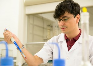 Adriano Costa de Camargo é doutorando pela USP-Esalq