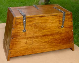 Viking sea chest reproduction from http://www.fjellborg.org/LodinsStorageChest.htm