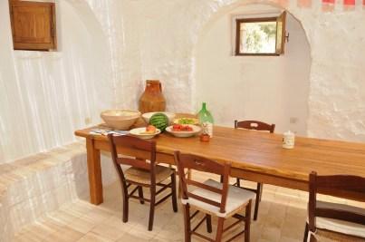 Wohnküche Ferienhaus Trullo Specchia Apulien