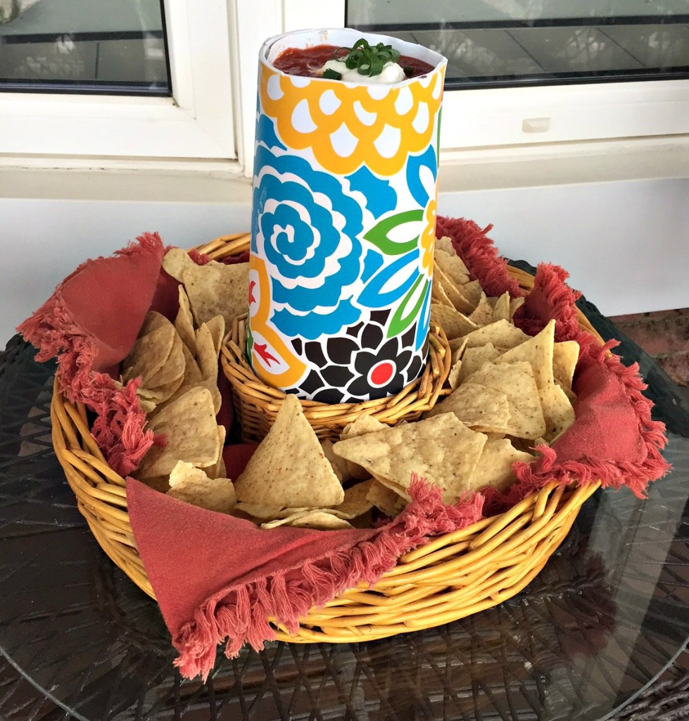 Cinco de Mayo Sombrero Chip and Dip for Mexican Themed Party apurdylittlehouse.com