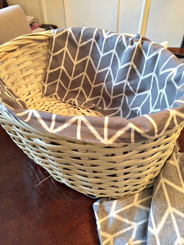 Basket Upcycle Project with custom fabric lining at apurdylittlehouse.com