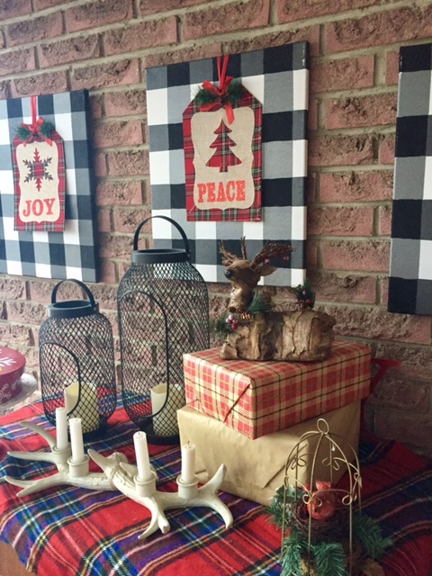 Christmas Home Tour porch decor