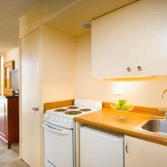 Hotels With Kitchens In Waikiki Black Kitchen Hutch Hotel Room