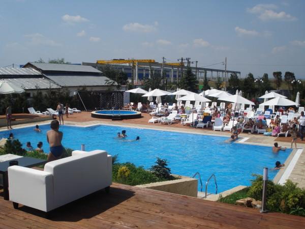 Amenajare piscina Heaven Land