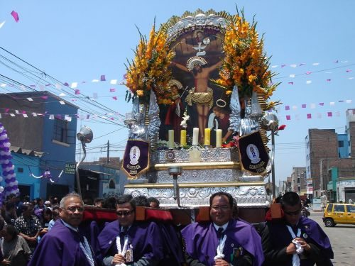 See the Procession of The Lord of the Miracles in Peru