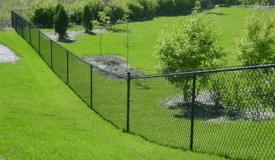 clôture-pelouse-espace-vert