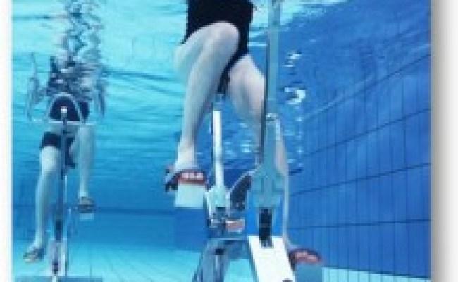 L Aquabiking Est Le Sport Piscine Idéal Pour Perdre Du